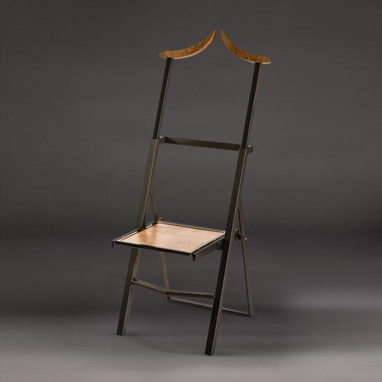 Gentleman Chair